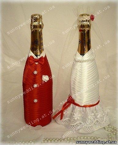 Украшение свадебных бутылок шампанского фото